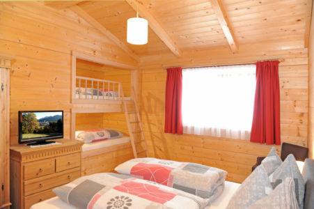 Schlafzimmer mit Schlafkojen